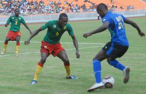 Ебанутый чувак в Танзании поставил свою жену на результат матча